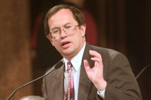 Sen Ron Withem speaks during the legislative session in 1997. Journal Star file photo